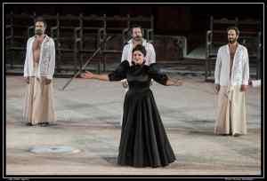 Eίδα τους «Πέρσες», σε σκηνοθεσία Δημήτρη Λιγνάδη
