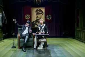 Η Ναζιστική ρατσιστική ιδεολογία εμπνέει τη θεατρική Αθήνα (5+1 παραστάσεις)
