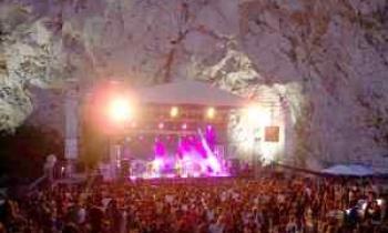 Φεστιβάλ στη σκιά των βράχων 2019: Όλα όσα θα δούμε τον Σεπτέμβριο