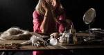H Όλια Λαζαρίδου με την παράσταση «Έξι φορές» στο Μέγαρο Μουσικής