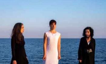 Η«Φαίδρα» σε σκηνοθεσία Μάνου Καρατζογιάννη σε περιοδεία