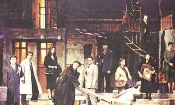«Η Αυλή των Θαυμάτων»: Η παράσταση του Κώστα Τσιάνου 23 χρόνια μετά έρχεται στις οθόνες μας